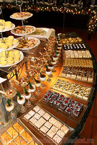 чайный стол фото на свадьбе