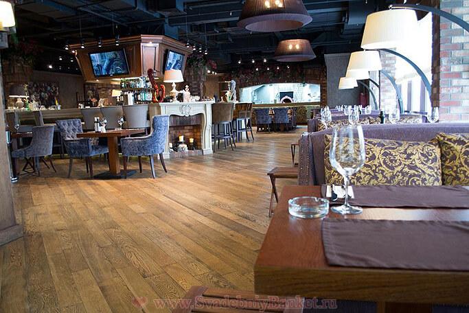 Зал ресторана Quattro Camini на Мичуринском