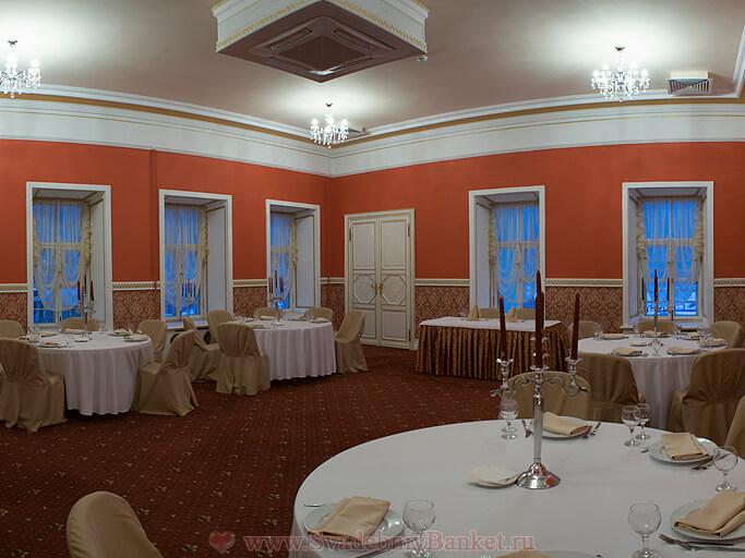 Каминный зал усадьбы Аршеневского