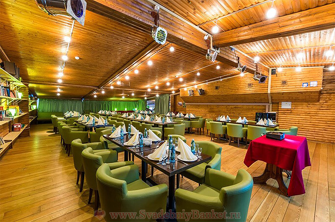 Концертный зал ресторана Шале