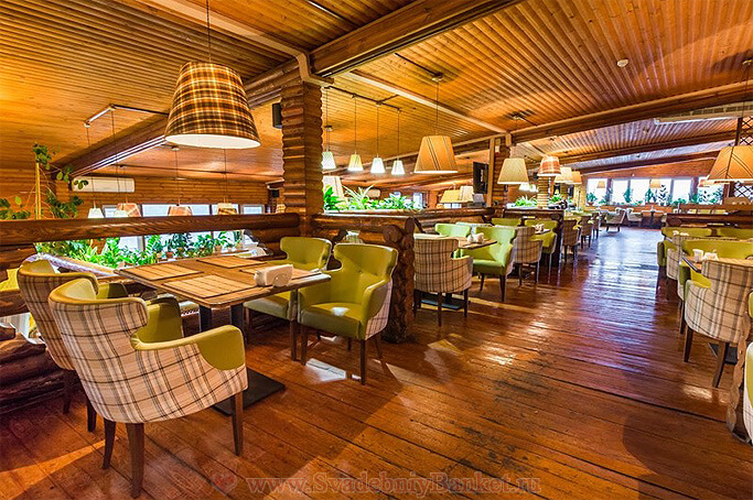 Общий 2-х уровневый зал ресторана Шале