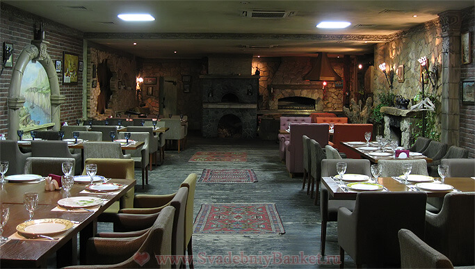 Зал Камбала ресторана Генацвале на Арбате