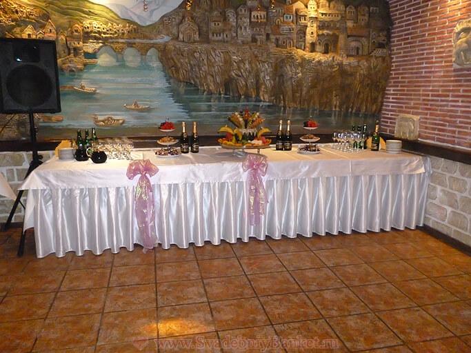 Зал Кавказ ресторана Старый город