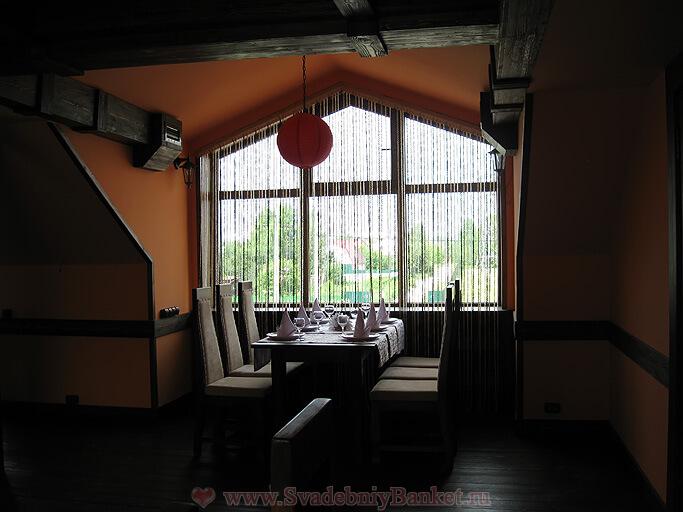 Зал второго этажа кафе Янковский