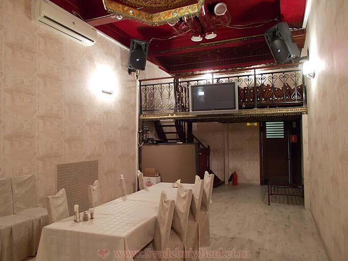 Восточный VIP-зал ресторана Мифос