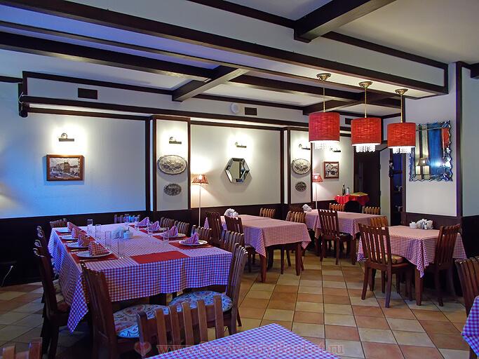 Банкетный зал ресторана Орнамент