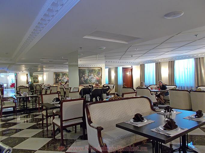Кафе-ресторан отеля The Rooms