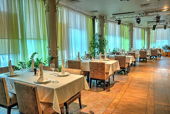 2-й этаж кафе-ресторана Гаврош