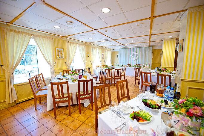 Ресторан Стокгольм + Каминный зал отеля Катерина Сити