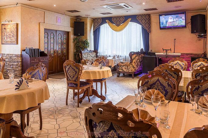 Средний банкетный зал кафе-ресторана Дежавю