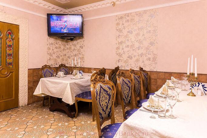 Маленький ВИП банкетный зал кафе-ресторана Дежавю