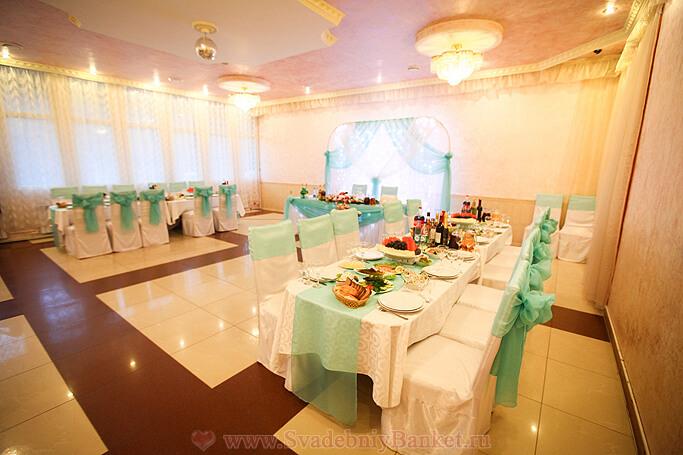 Зал Шампань ресторана Авиньон в Ясенево