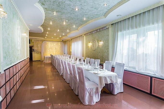 Зал Маркиза ресторана Авиньон в Ясенево