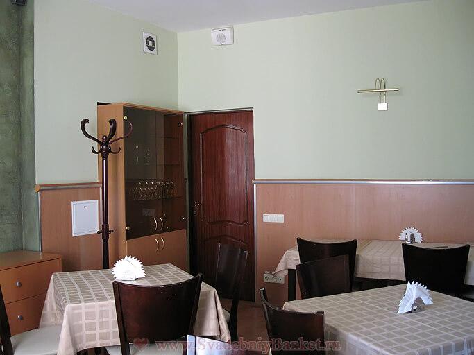 Малый зал 5-го этажа гостиницы Славянка