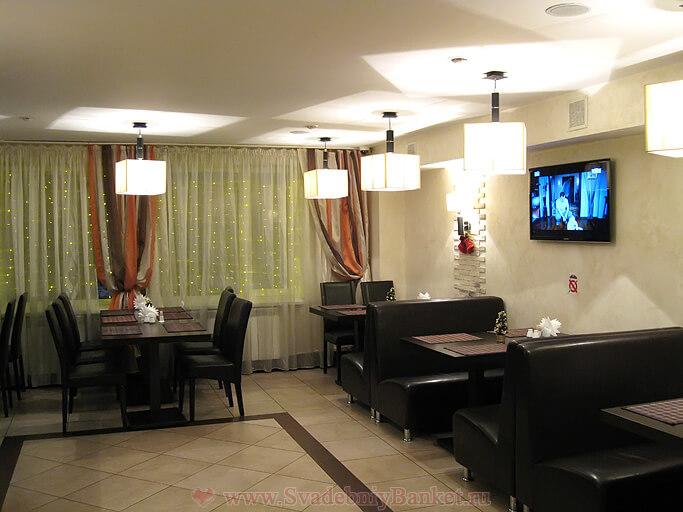 Барный зал ресторана Будайский дворик