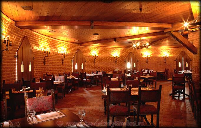 Большой зал 3 этажа ресторана Старая башня