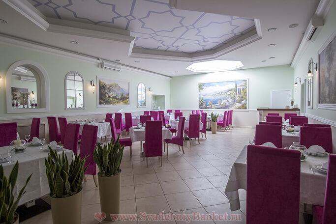 Основной зал ресторана Бодрум